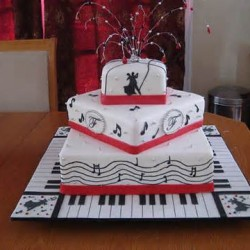 Music theme wedding cake on Music theme wedding page