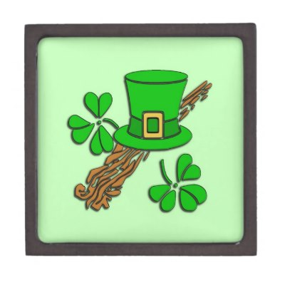 St Paddy's Hat and Shamrocks Premium Gift Box