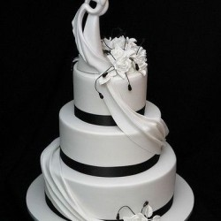 black wedding cake ideas black and white wedding cakes home 11879
