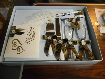 camo wedding server set